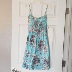 NWT Juniors Floral Dress